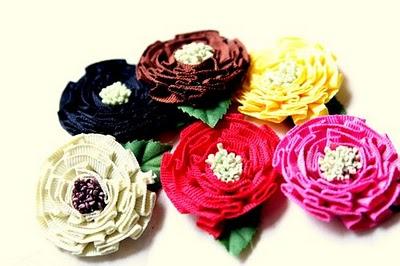 Maya road medallion flowers
